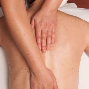 massage aux huiles tièdes 75 minutes